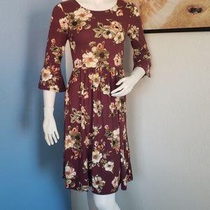 Gilli Ruffle Sleeve  Dress Size S